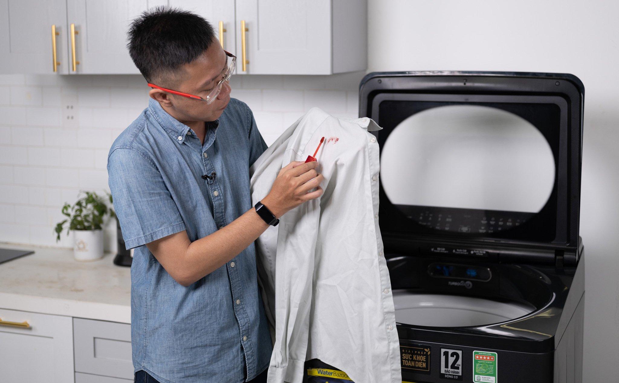 Máy giặt cửa trên 12.5kg Panasonic NA-FD125V1BV: nước nóng giặt sạch, diệt khuẩn, đỡ nhăn
